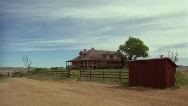 ws two story old ranch house - ranch house stock videos & royalty-free footage