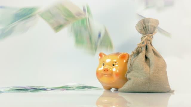 Zwei Videos der fallende Euro-Geld in 4K