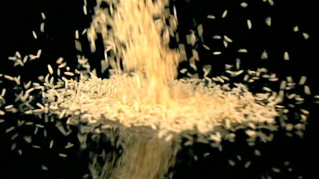 Two videos of falling rice in real slow motion
