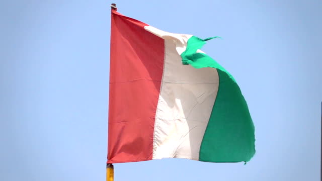 Two videos of italian flag in real slow motion