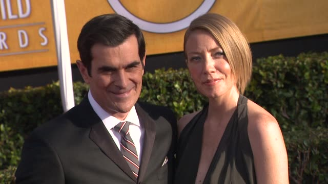 vídeos y material grabado en eventos de stock de ty burrell at 19th annual screen actors guild awards arrivals 1/27/2013 in los angeles ca - ty burrell