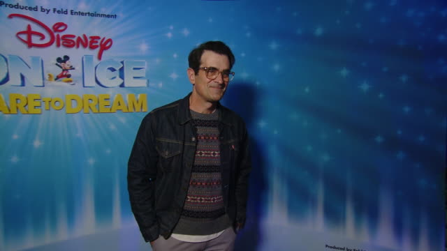 ty burrell at disney on ice presents dare to dream celebrity skating party in los angeles ca - ty burrell stock videos and b-roll footage