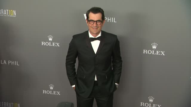 vídeos y material grabado en eventos de stock de ty burrell at the los angeles philharmonic's walt disney concert hall 10th anniversary 09/30/13 - ty burrell