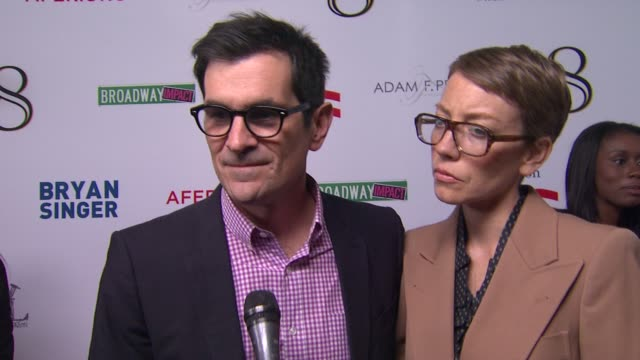 vídeos de stock, filmes e b-roll de ty burrell on the event at the american foundation for equal rights broadway impact present 8 on 3/3/12 in los angeles ca - ty burrell