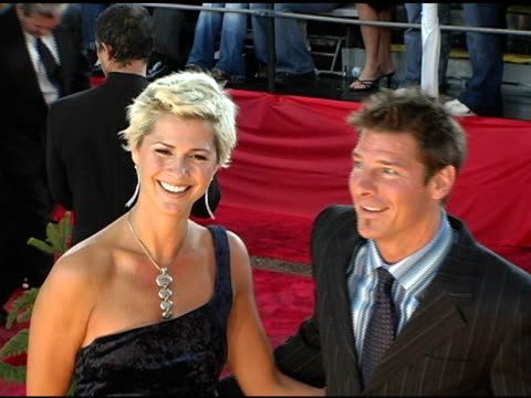 ty pennington and guest at the 2005 people's choice awards arrivals at the pasadena civic auditorium in pasadena, california on january 10, 2005. - people's choice awards stock-videos und b-roll-filmmaterial