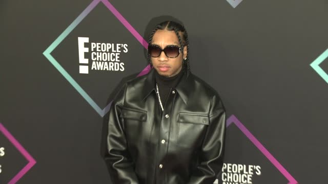 tyga at the people's choice awards 2018 at barker hangar on november 11 2018 in santa monica california - people's choice awards stock videos & royalty-free footage