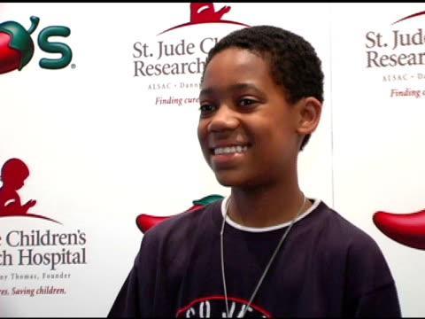 tyler williams at the chili's create a pepper to benefit st jude children's research hospital at chili's restaurant in westwood california on august... - chili's grill & bar stock videos and b-roll footage