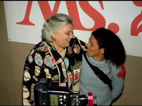tyne daly and daughter elizabeth brown at the ms magazine 2004 women of the year arrivals at spider club in los angeles california on november 29 2004 - tyne daly stock videos and b-roll footage