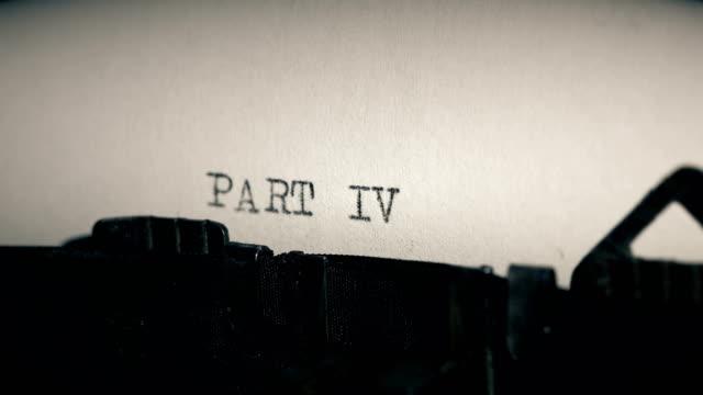 stockvideo's en b-roll-footage met type bars van oude schrijfmachine afdrukken van word deel iv - auteur