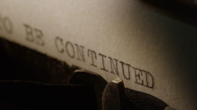 LD tipo de apoyo de la vieja máquina de escribir impresión se continuó