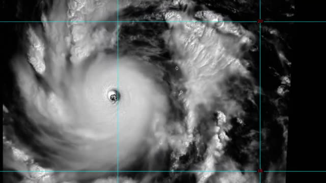 typhoon jebi or typhoon maymay is considered to be the strongest typhoon to strike japan since 1993 it reached category 5 and caused large damages to... - {{ contactusnotification.cta }}点の映像素材/bロール