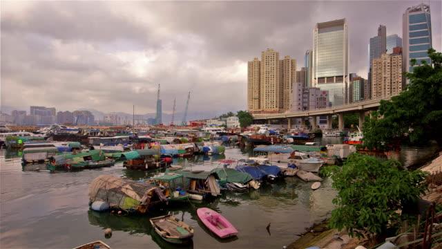 typhoon shelter, hong kong - dschunke stock-videos und b-roll-filmmaterial