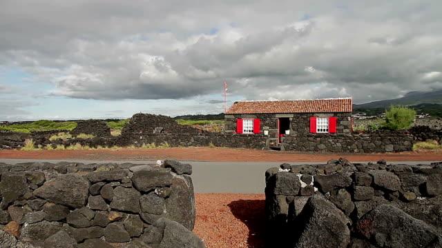標準ハウス ピコ アゾレス諸島 - アゾレス諸島点の映像素材/bロール