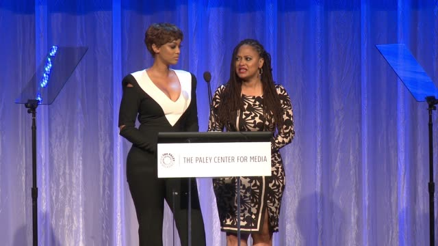 vídeos de stock, filmes e b-roll de speech tyra banks and ava duvernay at the paley center for media's tribute to africanamerican achievements in television presented by jpmorgan chase... - tyra banks