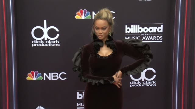vídeos de stock, filmes e b-roll de tyra banks at the 2018 billboard music awards arrivals on may 20 2018 in las vegas nevada - tyra banks
