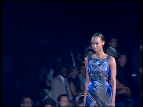 tyra banks at the passport 96 fashion show at santa monica airport in santa monica california on september 27 1996 - 1996年点の映像素材/bロール