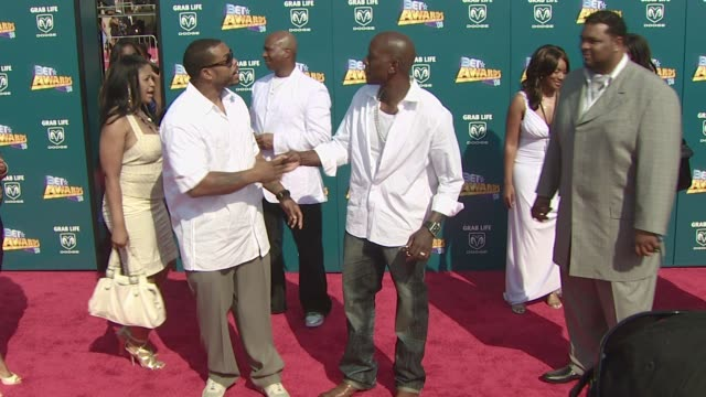 tyrese gibson at the 2008 bet awards at los angeles california - tyrese stock videos & royalty-free footage