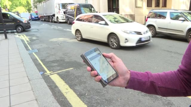 uber ofrece un servicio de transporte y no solo de intermediacion por lo que los paises europeos pueden imponerle la misma regulacion que a los... - transporte stock videos & royalty-free footage
