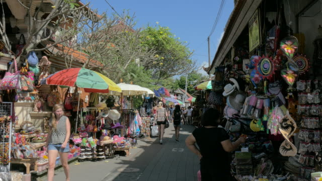 ubud traditional art market,ubud,bali,indonesia - indonesia stock videos & royalty-free footage