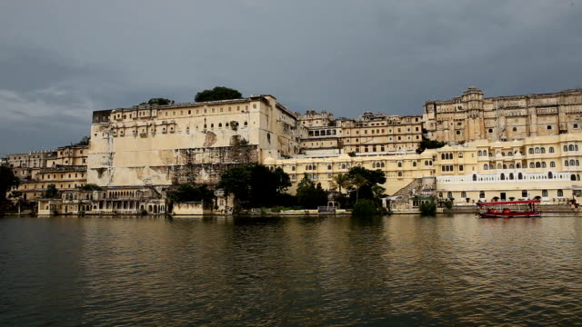 Udaipur City Palace Boat View