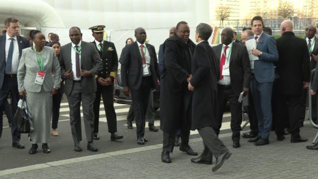 vídeos de stock e filmes b-roll de uhuru kenyatta kenya's president at o2 waterview on january 20 2020 in london england - presidente