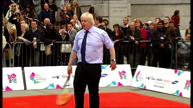 arms sales to russia to be reviewed / diplomacy; 8.9.2011 / r08091105 trafalgar square: david cameron mp and boris johnson playing tennis on small... - diplomacy stock videos & royalty-free footage