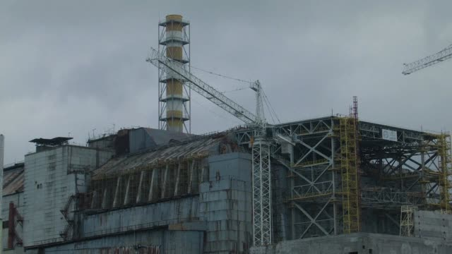 stockvideo's en b-roll-footage met ukraine on monday marked the day of remembrance of the chernobyl nuclear disaster remembering those whose lives were lost in the deadly power plant... - kernramp van tsjernobyl