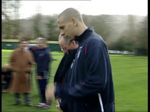 stockvideo's en b-roll-footage met ulrika jonsson relationship lib england ext eriksson and england player rio ferdinand along pan david beckham training eriksson - ulrika jonsson