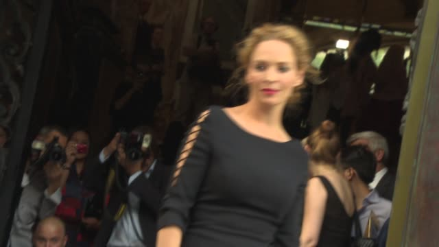 uma thurman at versace arrivals on june 30, 2013 in paris, france - 黒のドレス点の映像素材/bロール