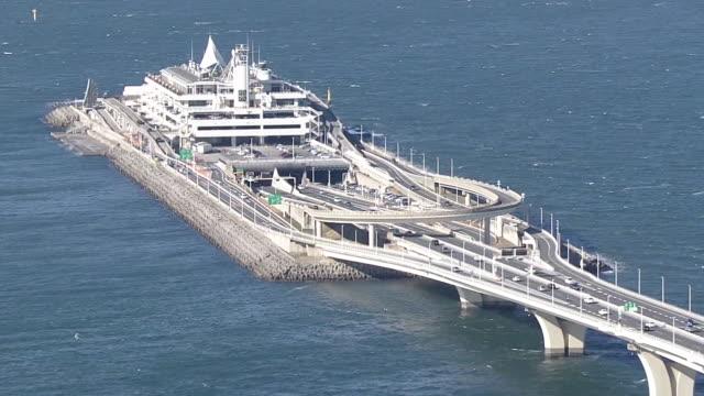 aerial, umihotaru pa, tokyo bay aqua-line expw, japan - motorway junction stock videos & royalty-free footage