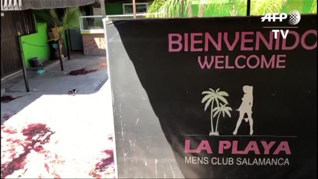 un ataque armado en un club nocturno en salamanca estado de guanajuato dejo al menos 15 hombres muertos y 4 heridos entre ellos una mujer - hombres stock videos & royalty-free footage