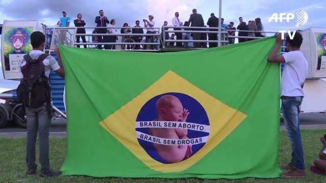 un centenar de personas se manifestaron el martes en brasilia contra el aborto en momentos donde el supremo tribunal federal esta considerando una... - acanthaceae stock videos & royalty-free footage