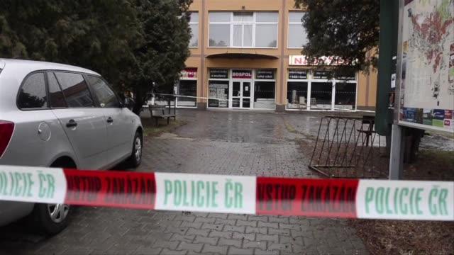 un hombre armado mato este martes a ocho personas en un restaurante en uhersky brod en el este de republica checa informo el ministro del interior... - restaurante stock videos & royalty-free footage