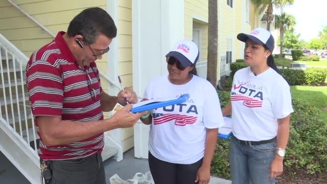 vídeos y material grabado en eventos de stock de un millon de hispanos ha llegado a florida en el sureste de estados unidos desde 2012 - ee.uu