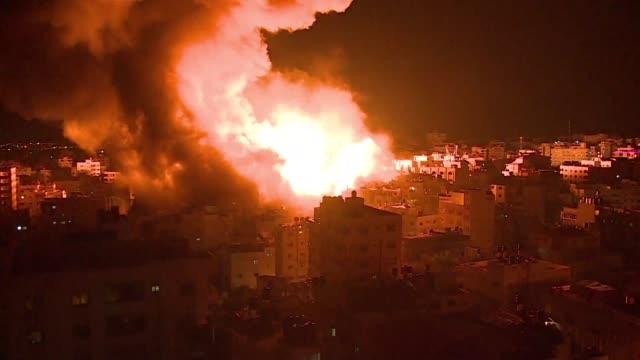 un nuevo estallido de violencia sacudia el lunes la franja de gaza donde el ejercito israeli respondio con bombardeos a los disparos de decenas de... - israel stock videos & royalty-free footage