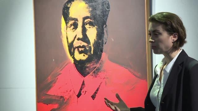un retrato del historico y controvertido líder chino mao zedong clasico del artista pop estadounidense andy warhol sera subastado en hong kong en una... - mao tse tung stock videos & royalty-free footage
