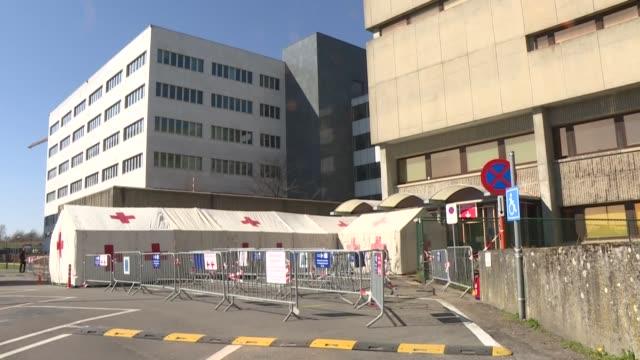 una adolescente de 12 años murió en bélgica debido al covid-19, una enfermedad que normalmente no afecta duramente a pacientes tan jóvenes,... - belgium stock videos & royalty-free footage