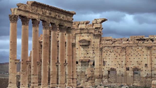 Una nueva explosion provocada por el Estado Islamico en Palmira activo las alertas sobre la posible destruccion del templo de Bel la joya...