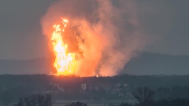 Una persona murio y 18 resultaron heridas tras una explosion en el terminal de gas de Baumgarten en el este de Austria