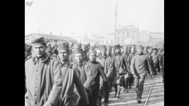 unarmed serbian soldiers fleeing after being defeated by troops of central powers during wwi marching towards and past camera in salonica / note... - thessalonika stock videos & royalty-free footage