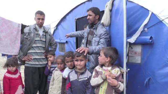Unas 15000 personas dejan sus hogares cada día en Mosul a medida que la batalla en el oeste de la ciudad gana terreno agravando la crisis humanitaria...