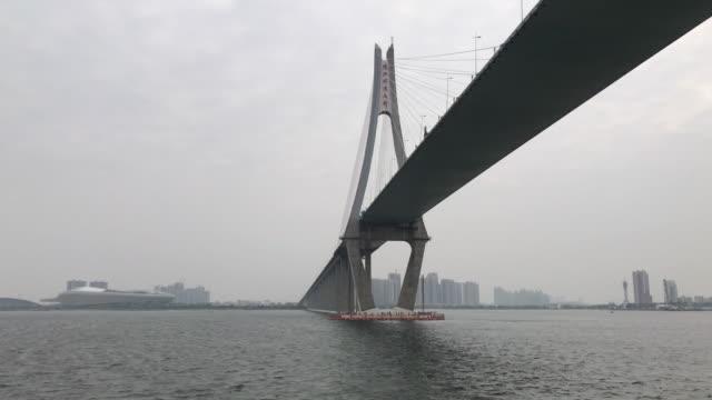 under bron - bro bildbanksvideor och videomaterial från bakom kulisserna