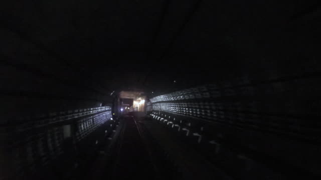地下鉄 - 地下鉄電車点の映像素材/bロール