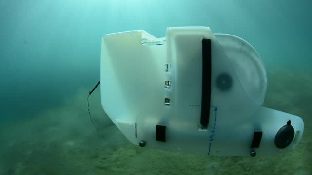 underwater rov. - oil exploration platform stock videos & royalty-free footage