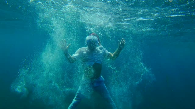 underwater summer christmas greetings - funny merry christmas greetings stock videos and b-roll footage