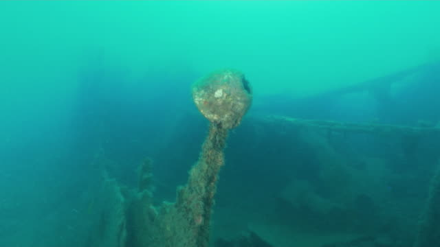 underwater, sunk submarine chaser in ogasawara, japan - wrack stock-videos und b-roll-filmmaterial