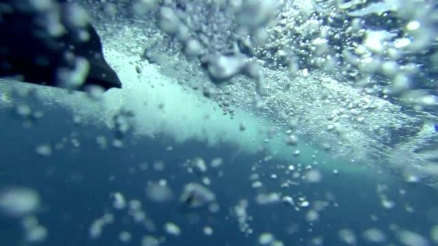 subacqueo - acquascooter video stock e b–roll