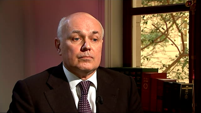iain duncan smith interview england london int iain duncan smith mp interview sot on fall in unemployment majority of jobs for british people... - low unemployment stock videos & royalty-free footage