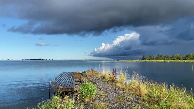unesco-naturgebiet in finnland - flacher archipel in der ostsee - finnland stock-videos und b-roll-filmmaterial