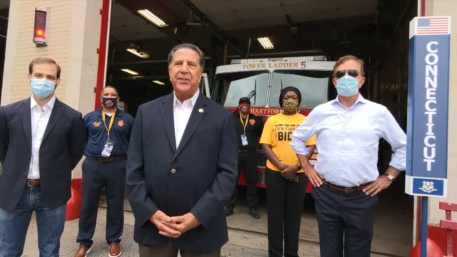vídeos de stock e filmes b-roll de uniform professional firefighters association of connecticut president pete carozza says while firemen project families, a president was needed who... - política e governo